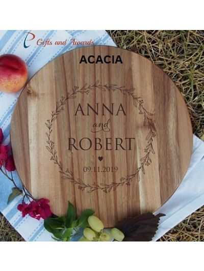 Personalised Engraved HEVEA/ACACIA wooden round board-cheese board-cake plate-Gift for the couple-Wedding gift-Anniversary gift-Circle wreath S1 Capital font