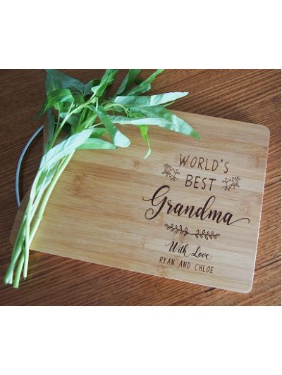 Personalised Engraved Bamboo rectangular chopping board with stainless steel handle - 35x25x1.5cm - World's Best Grandma - Gift for Mother's Day
