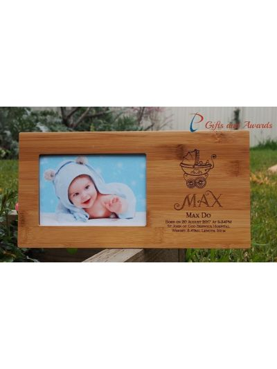 "Personalized Engraved Bamboo photo frame, hold 4x6""photo - New born gift - New born photo frame - Gift for new born baby-DESIGN 2"