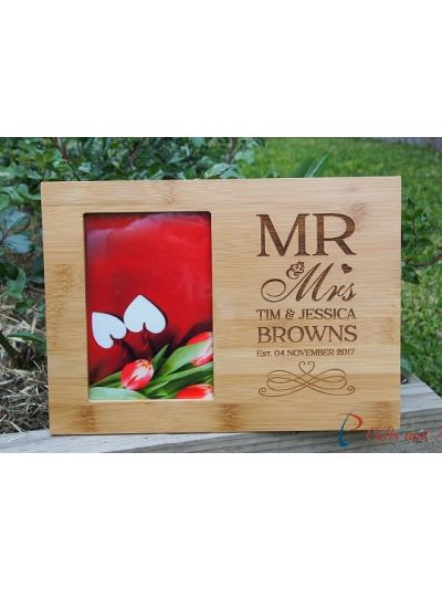 "Personalised Engraved bamboo photo frame, hold 4x6"" photo - Wedding gift - Anniversary gift - Valentines gift - Gift for the couple - Mr & Mrs"