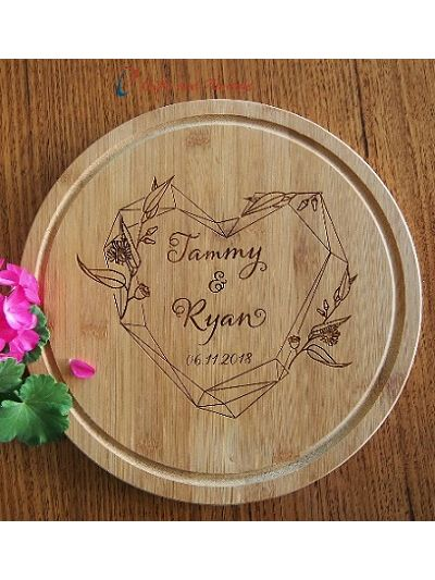 Personalised Engraved Bamboo round cake plate dia 28cm-Wedding gift/ Anniversary Gift/ Valentines Gift/Gift for the couple-Heart leaf wreath
